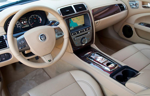 Jaguar XK Convertible big-4