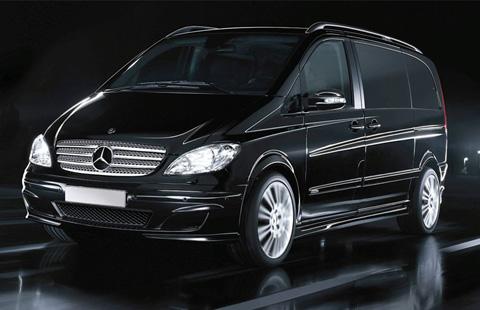 Mercedes-Benz Viano big-1